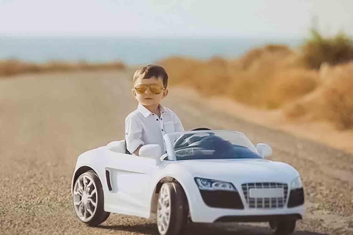 خرید بهترین ماشین شارژی پسرانه